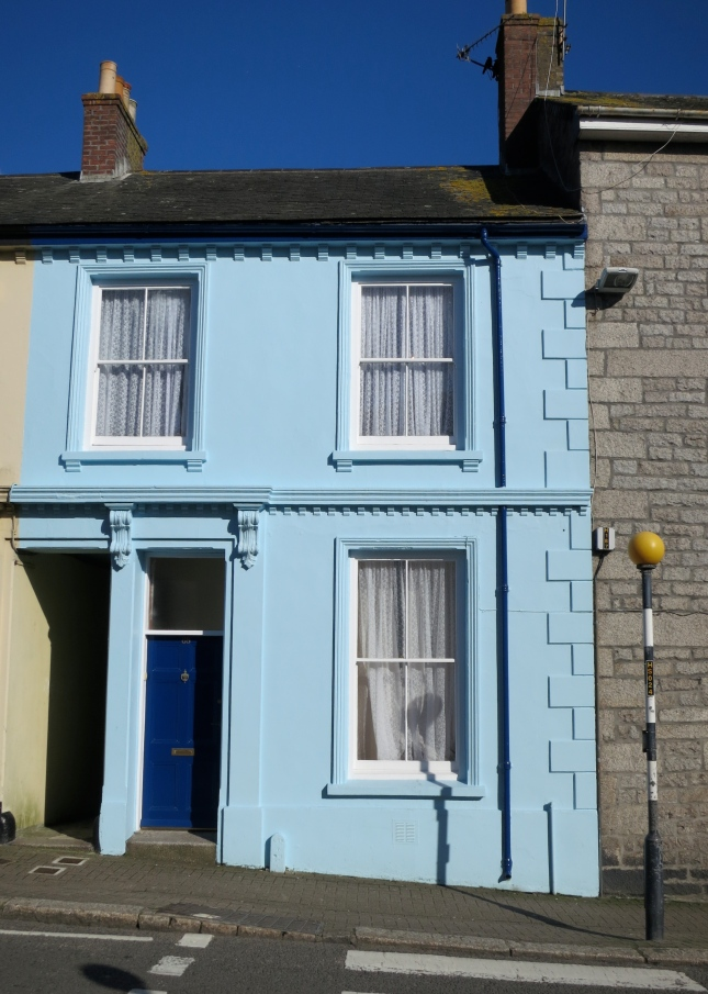 Beautiful blue house in Penryn