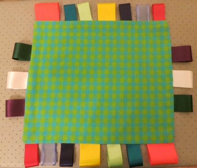 Ribbon cloth