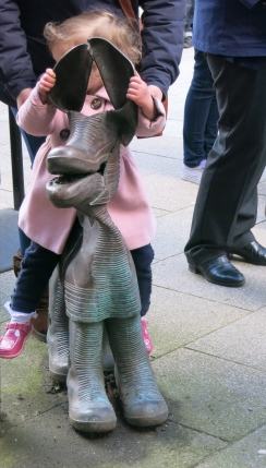 Child on one of the Tinners' Hounds, sculpture by David Kemp