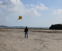 G flying the crocodile kite