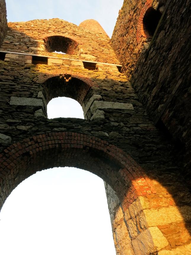 Sunlit inside walls