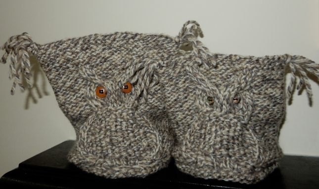 The two knitted owl hats