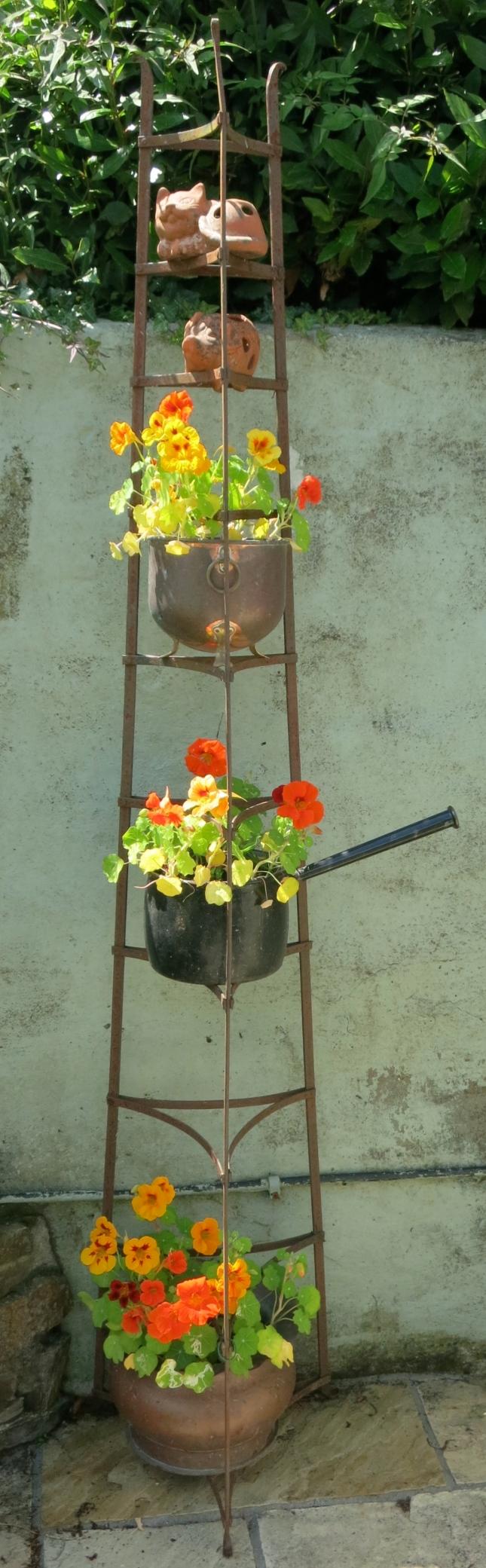 Nasturtium tower