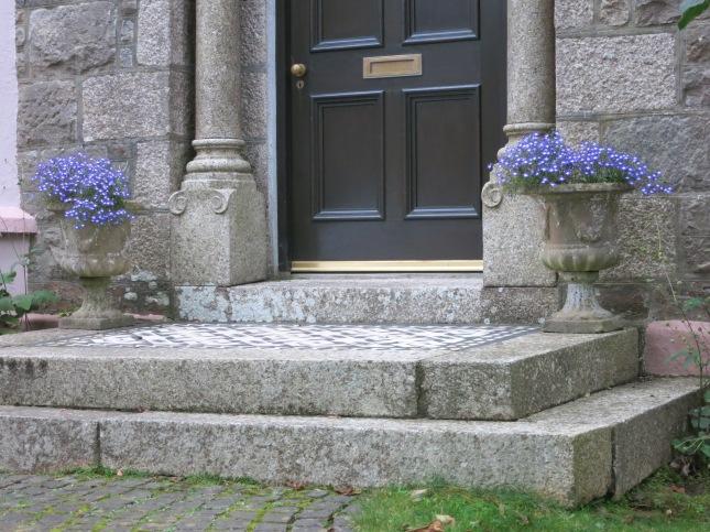 Welcoming doorstep