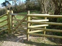 Kissing gate along the path