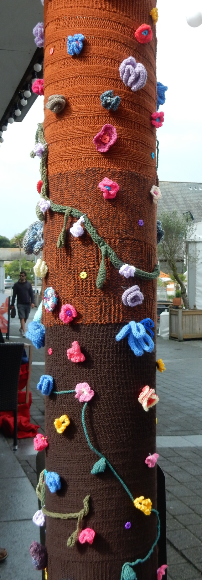 T spotted some yarn bombing on the way to the Maritime Museum