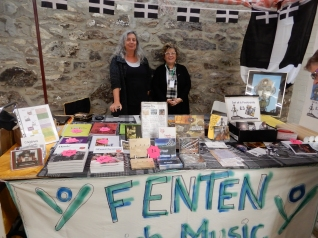 Dalla's stall with books and cds